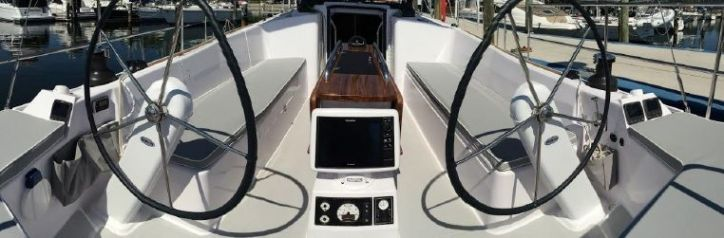 Catalina425Cockpit