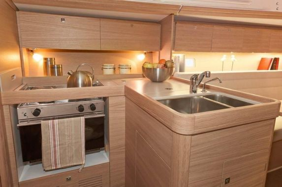 Dufour350Galley