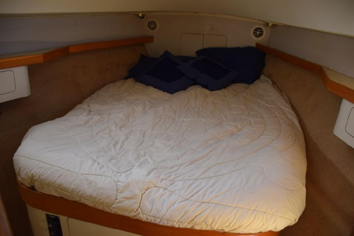 Pearson37-2Stateroom
